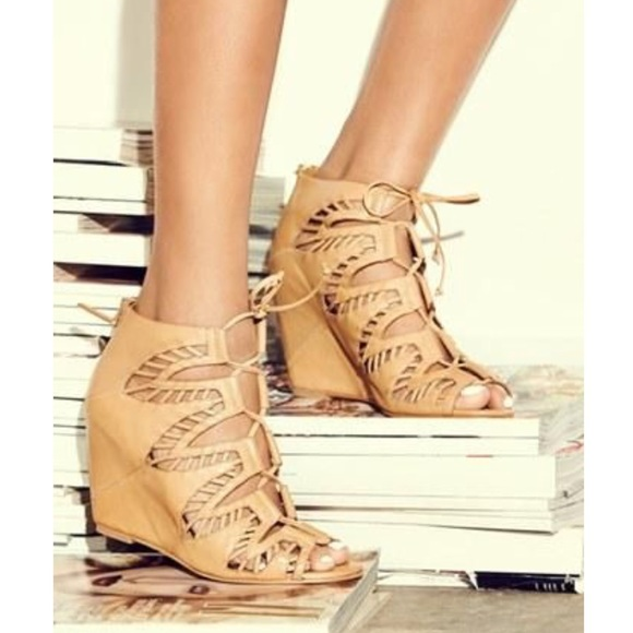 Tan Leather Wedge Sandals Size 7